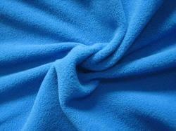 Pilling free knit fabric